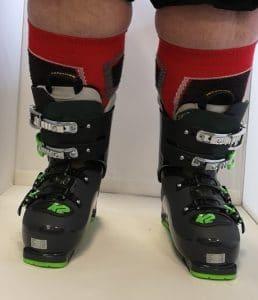 detail chaussures de ski gros mollets dame